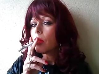 Nadja Latex Smoke