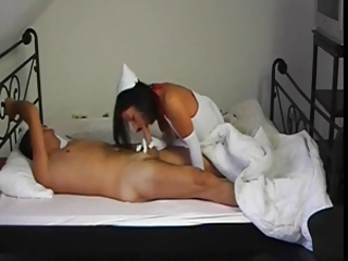 Be enamoured of milf knows how to recover get under one's if it happens