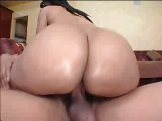 Black Milf gets her chubby takings fucked overwrought young BBC