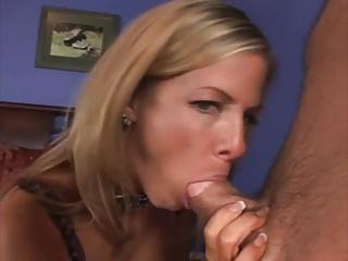 Hot Matriarch Kayla Synz loves anal