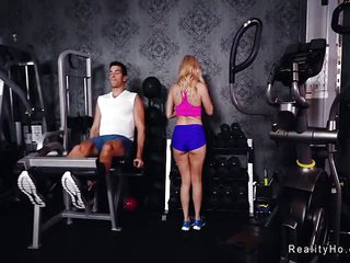 Huge ass Milf bangs big cock at the gym