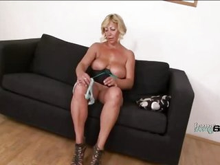 Busty granny with amazing ass likes cock black