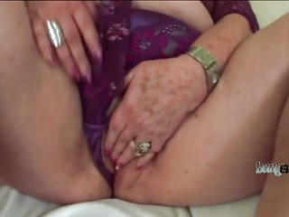 Chubby old slut with huge milk jugs got creampied