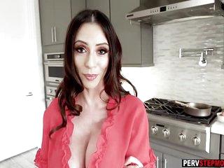Horny busty MILF stepmom takes a big cock for breakfast
