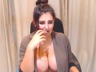 katrina kaif new big boobs video leaked. full video link =