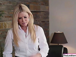 Attorney india summer makes her assistant take up with the tongue her muff