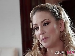 Anal With MILF Mom