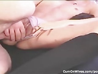 My wife gets a messy creampie